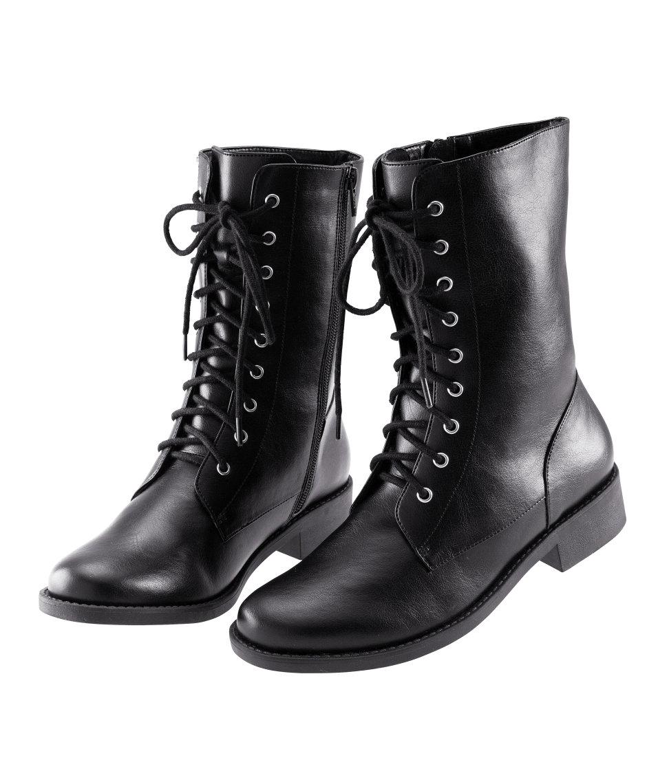 12e9c66dbf249 Dámska kolekcia obuvi zima 2011/2012 švédskej (predovšetkým) odevnej  spločnosti H&M.
