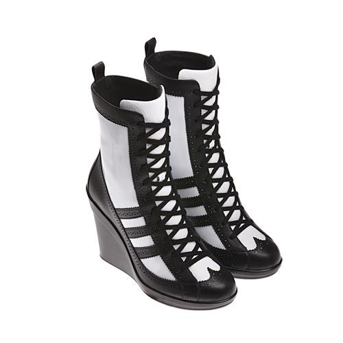 e90b015a3f53 Adidas - dámske čižmy jeseň zima 2011